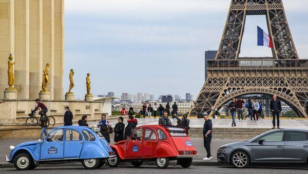 パリのエッフェル塔 - Sputnik 日本