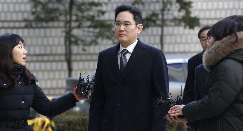 韓国検察、サムスン電子副会長を起訴 株価操作などで