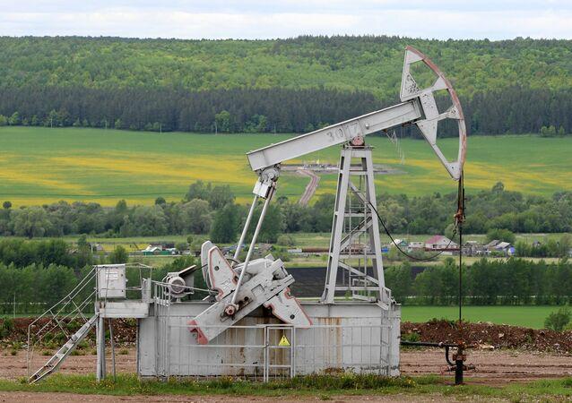 ブレント原油、1バレル=43.31ドルまで上昇