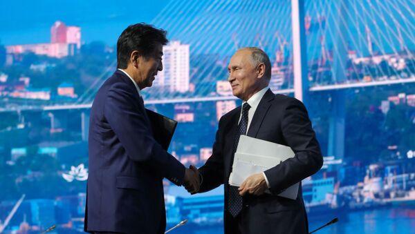 安倍首相とプーチン大統領(アーカイブ写真) - Sputnik 日本
