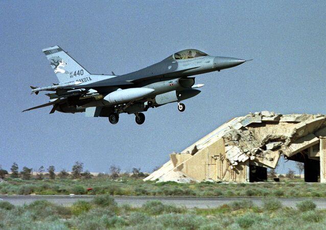クウェート米空軍基地で集団感染 新型コロナ