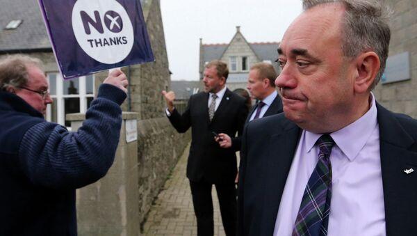 スコットランド国民党サモンド前党首 ロシアTVで英国マスメディアの偏見を痛烈に批判 - Sputnik 日本