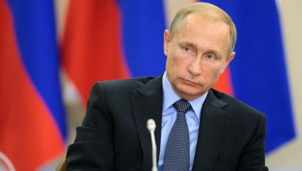 プーチン大統領:ロシア経済が原油価格から受ける影響を少なくする必要がある - Sputnik 日本