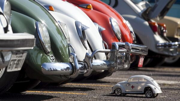 BMW株が下落 排出量が多くて環境に悪影響を与えていると報道 - Sputnik 日本