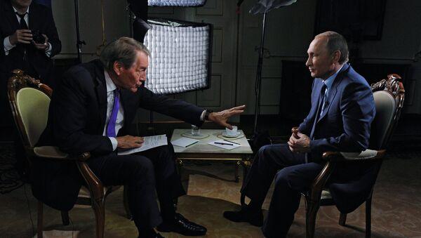 米国人ジャーナリスト、チャーリー・ローズ氏 とプーチン大統領 - Sputnik 日本